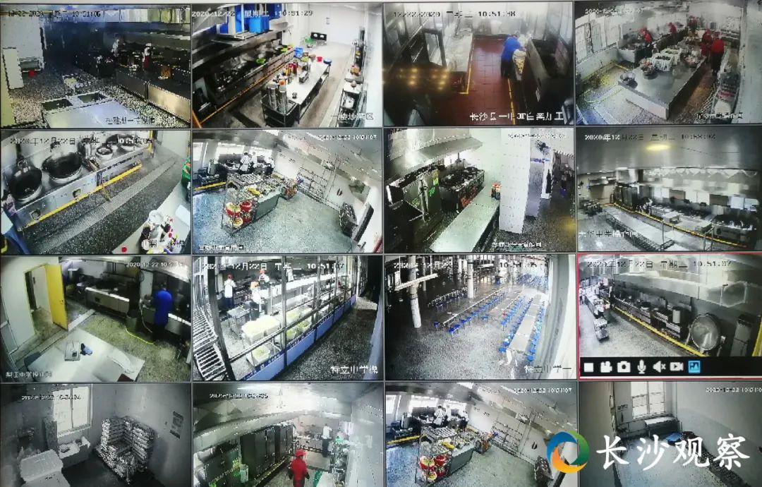 长沙县教育局设立大屏幕,实时查看各学校食堂的视频监控情况